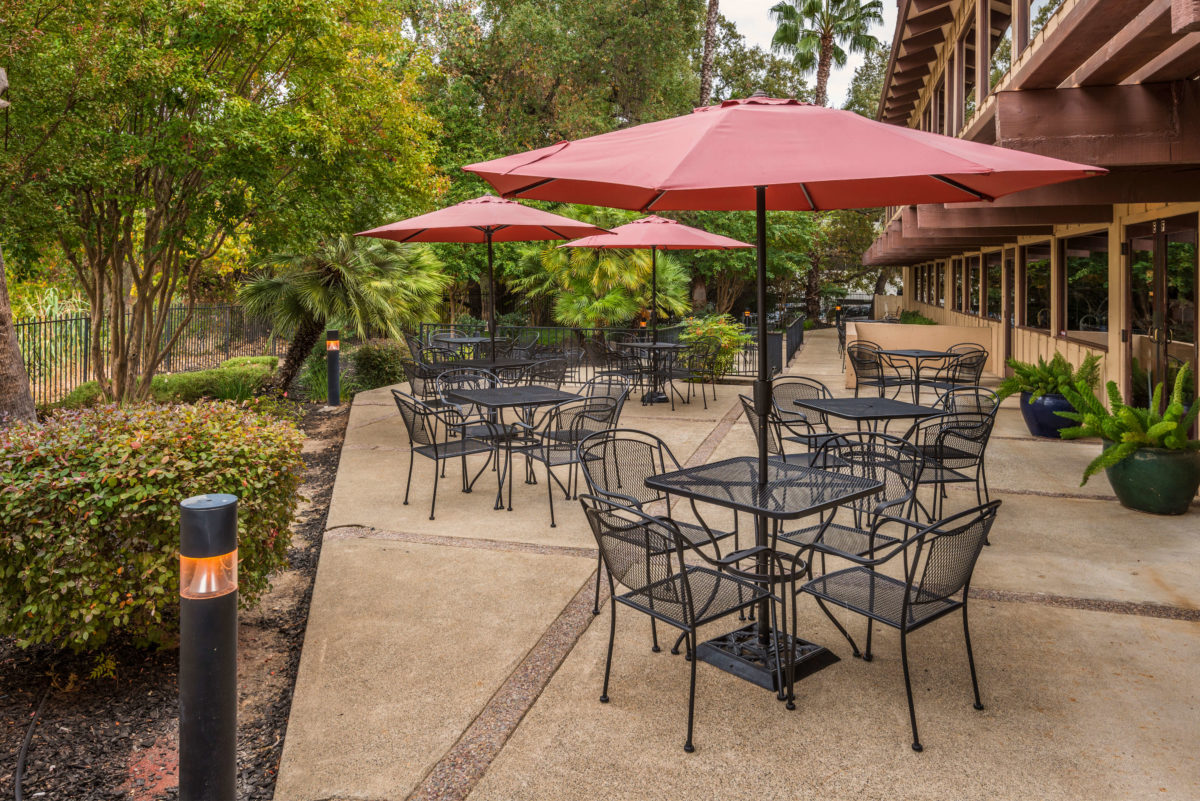 Roseville, CA Patio Seating