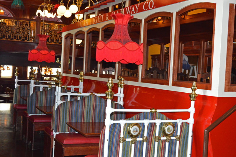 Taylorsville Old Spaghetti Factory booths with trolley